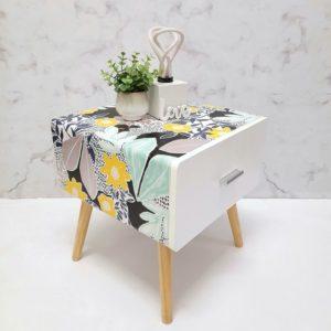 Annis-ArtandLiving-Flower-Blumen-Möbel-Nachtkästchen-Upcycling-bunte-einrichtung
