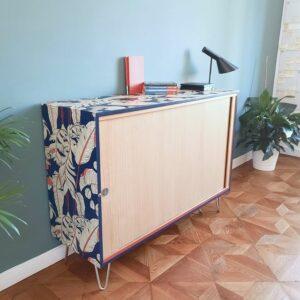 Anni's-ArtandLiving-Vintage-Möbel-Upcycling-Rolloschrank-Büromöbel-Wien