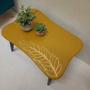 Ann's Art and Living-Vintagetisch-Upcycling-gelb-dunkelblau-gold-Blatt-handgearbeitet