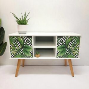 Anni's Art and Living-TV Kommode-Sideboard-Jungle-Möbel-Upcycling-Wien-Interiordesign-nachhaltig-Designmöbel